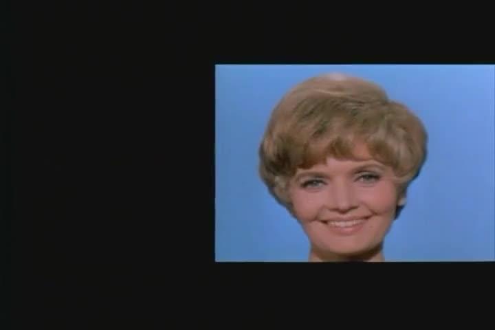 ♪ Of a lovely lady ♪