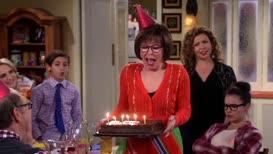 ♪ Happy birthday, Leslie berkowitz ♪