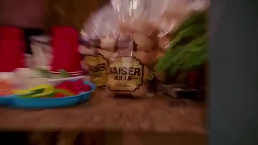 Kaiser... sew... say.