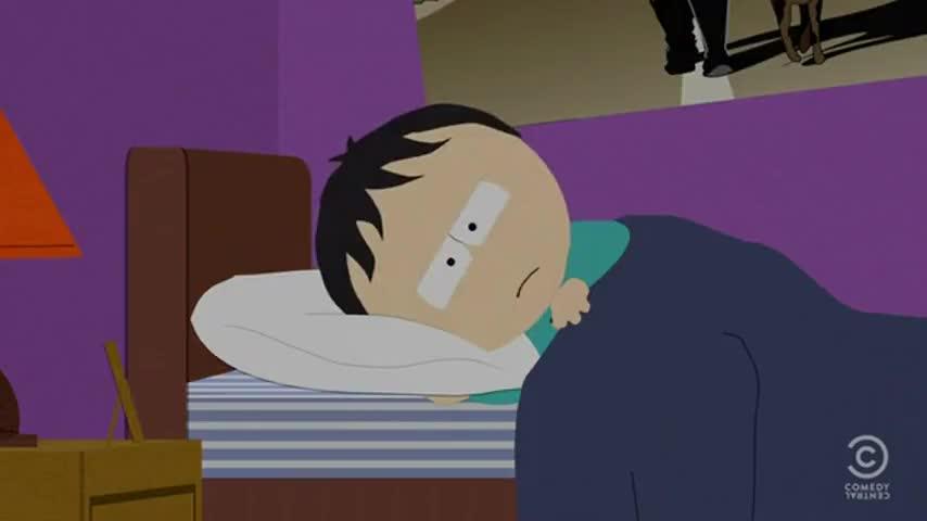 Ххх фото чувак смотрит в монитор и не может заснуть между больших