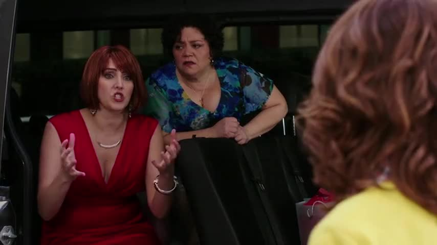 - We're just garbage, Kimmy. - That's not true!