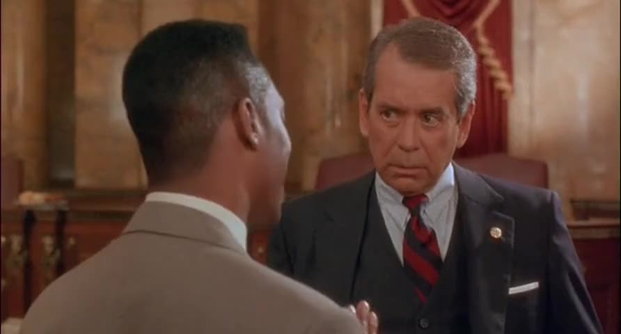 - They're gettin' a lot of pressure from the White House. - That's very interesting.