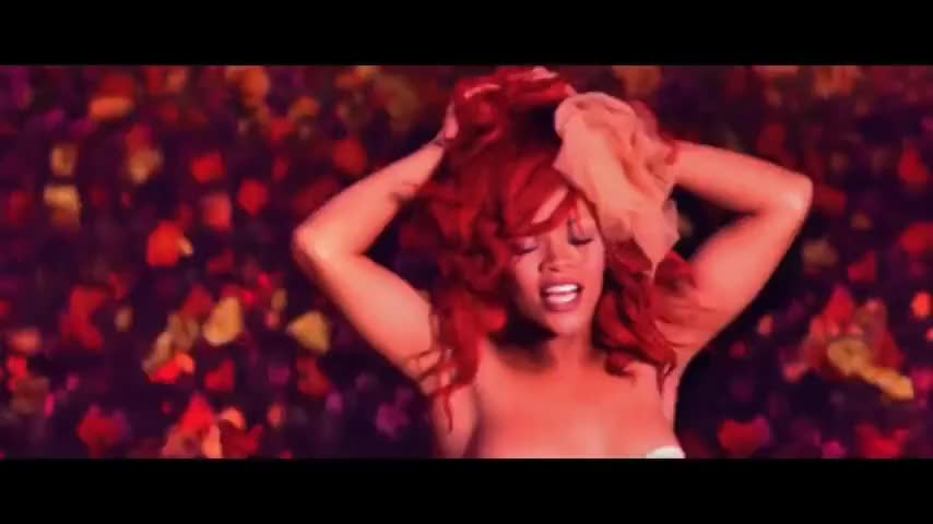 rihanna-only-girl-music-video-new-images-of-malaika-arora-khan-is-sexying-naked