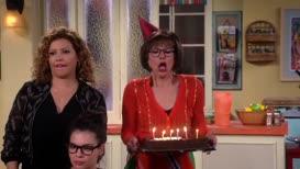♪ Happy birthday... ♪