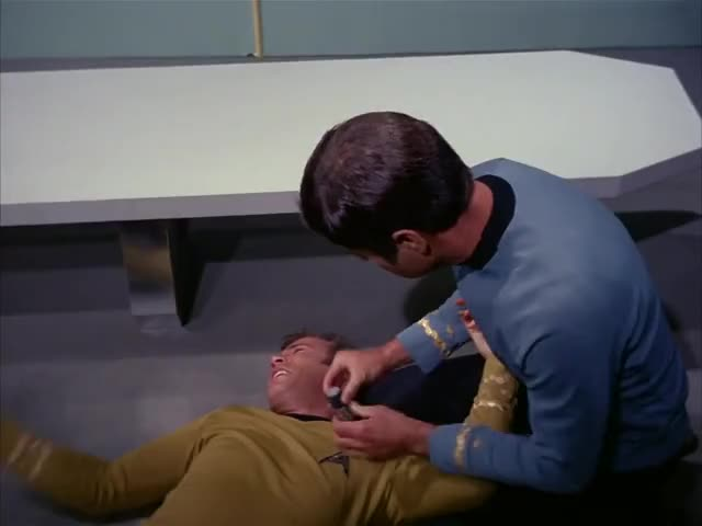 I instinctively used the Vulcan death grip.