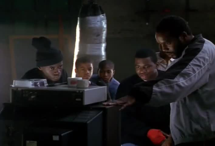- Damn, he look young. - He was. This the Patterson fight right here!