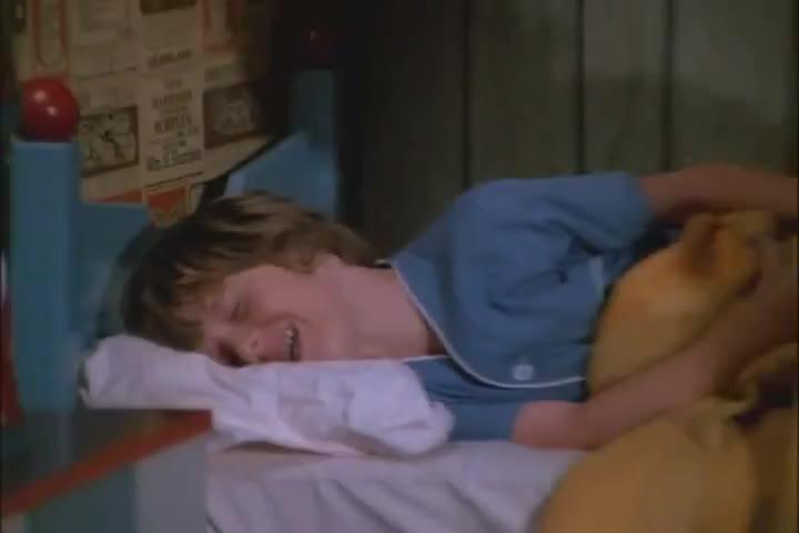 BOBBY, WAKE UP! HUH?