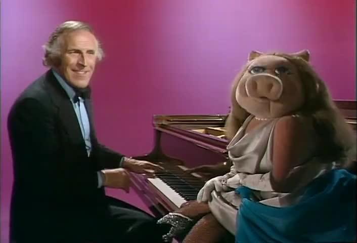 Ahchoo! Bless you, Piggy.
