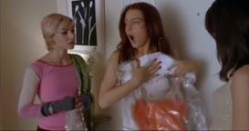 - Oh! Sarah Jessica Parker's. - [Screams]