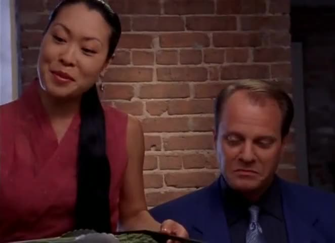 More asparagus, Miss?