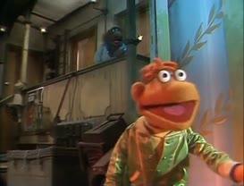 - And so, on with The Muppet... - Hey-ya! Hey-ya! Hey-ya!