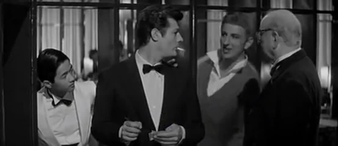 - Hi, Marcello. - Hi, Pierone.