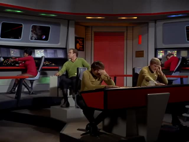 - Spock? - Analysing now, captain.