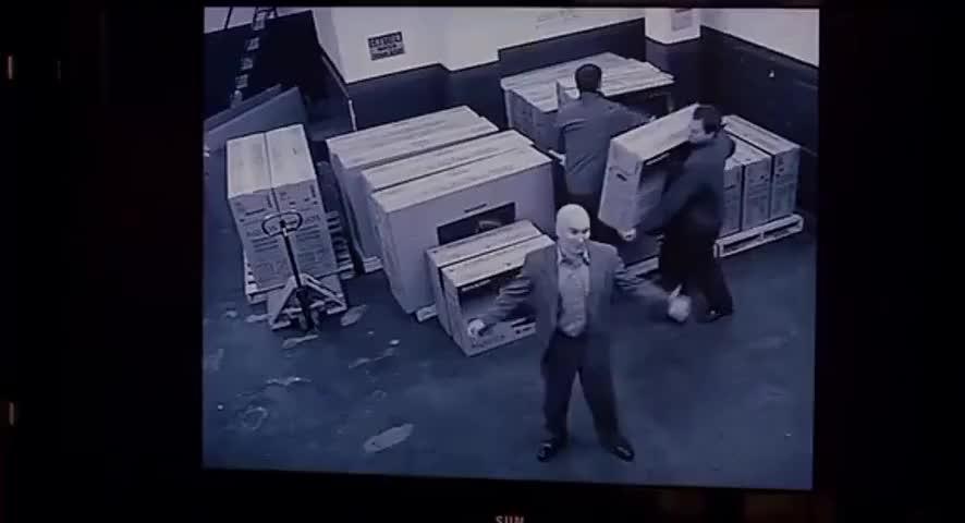 Look at me. Me, David Garvin, stealing TVs.