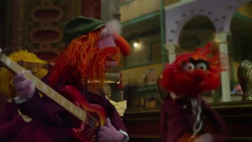 - Jack Black said no drums! - Animal, heel! Sit!