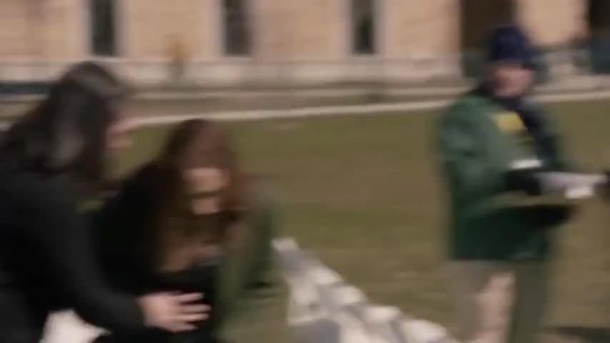 Clip image for 'Ma'am, I think her water just broke, ma'am.