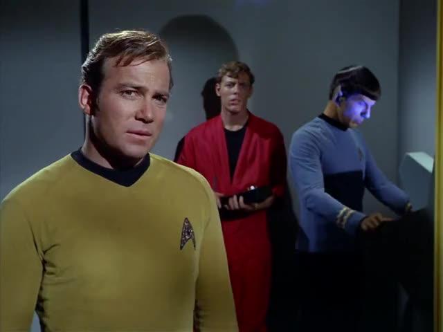 - Sensor readings, Mr. Spock? - Negative, captain.
