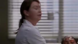 - What's happening to her? - Abdomen's rigid.