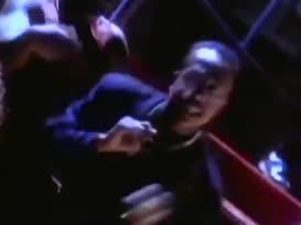"""It's """"Hammer. Go Hammer. MC Hammer. Yo Hammer!"""""""