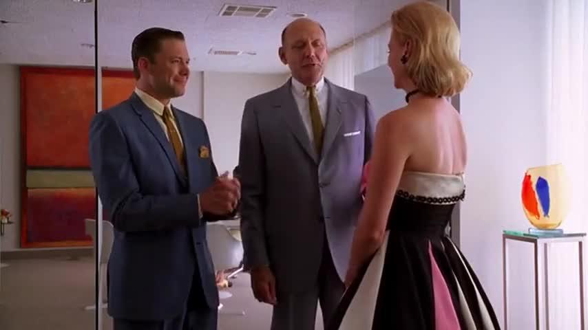 Betty Draper, meet Ronnie Gittridge.