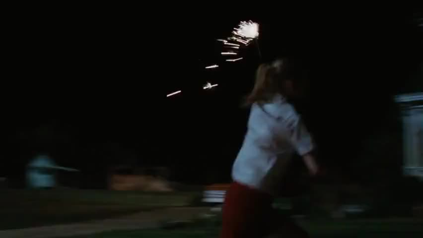 Look at the fireworks, Mom!