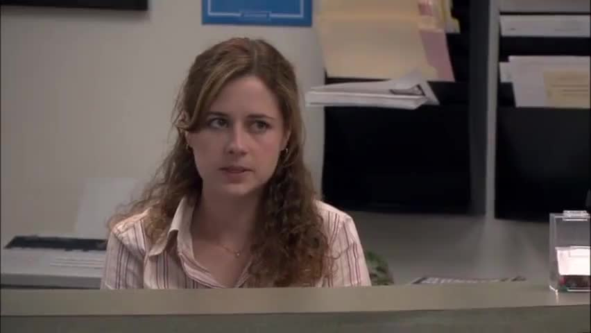 - Please don't throw a garbage at me. - Oh Pam with this anger.