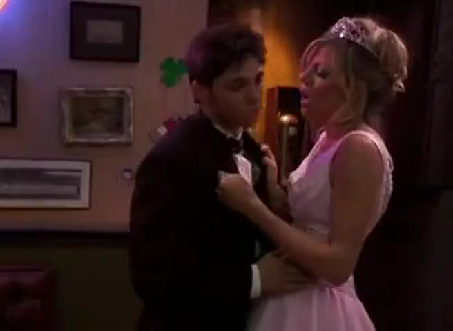 - I always wanted to have sex on prom. - Ah.