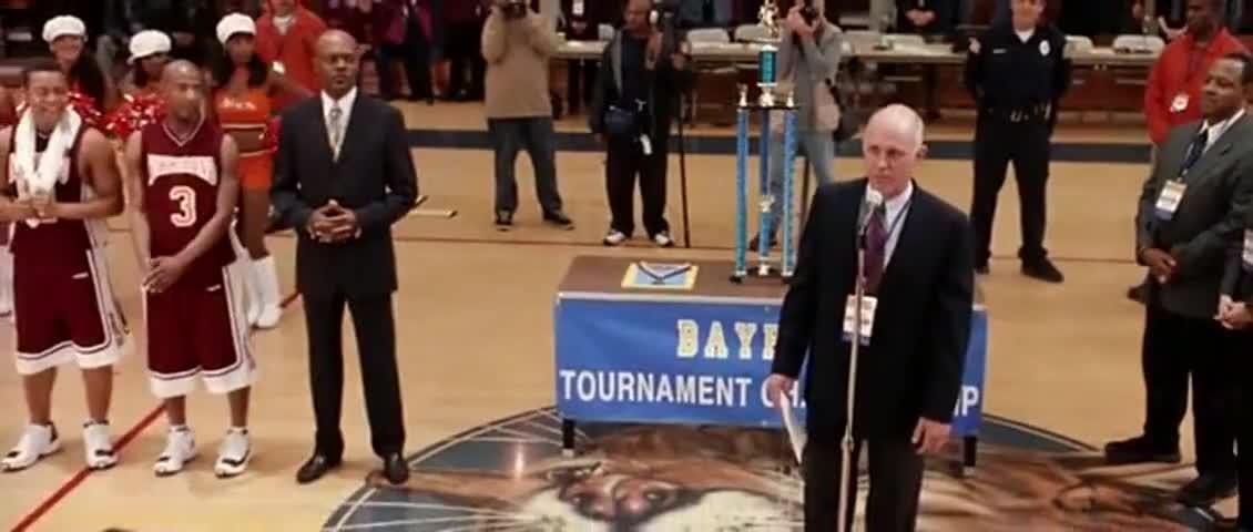 championship trophy to Richmond High School.