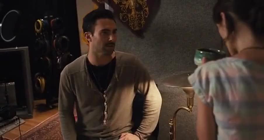 - Oh my God, it tastes like piss. - I like it.