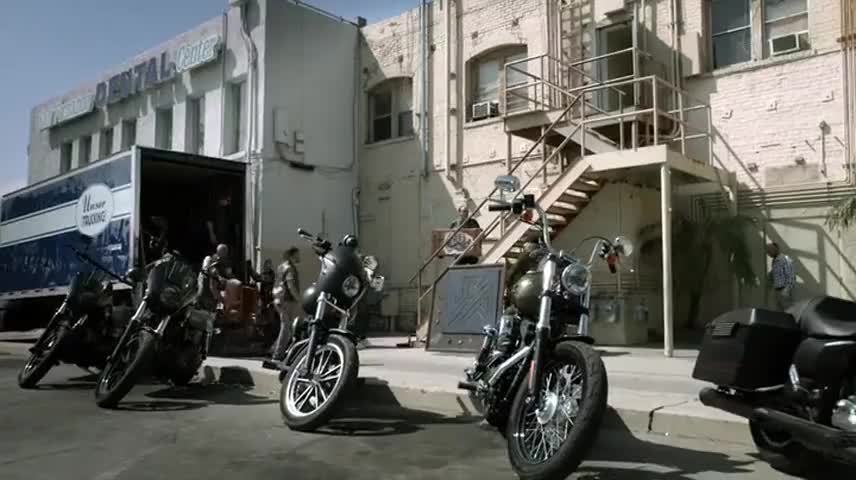 Previously on Sons of Anarchy: